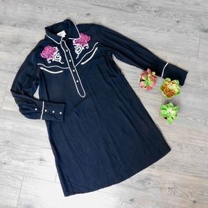 ARIAT ~ Small Black Embroidered Western Dress